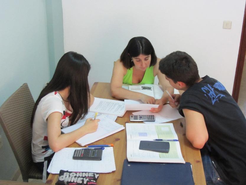 1360090795_479531238_1-Academia-de-clases-particulares-en-mairena-del-aljarafe-solo-2-alumnos-por-aula-Mairena-del-Aljarafe